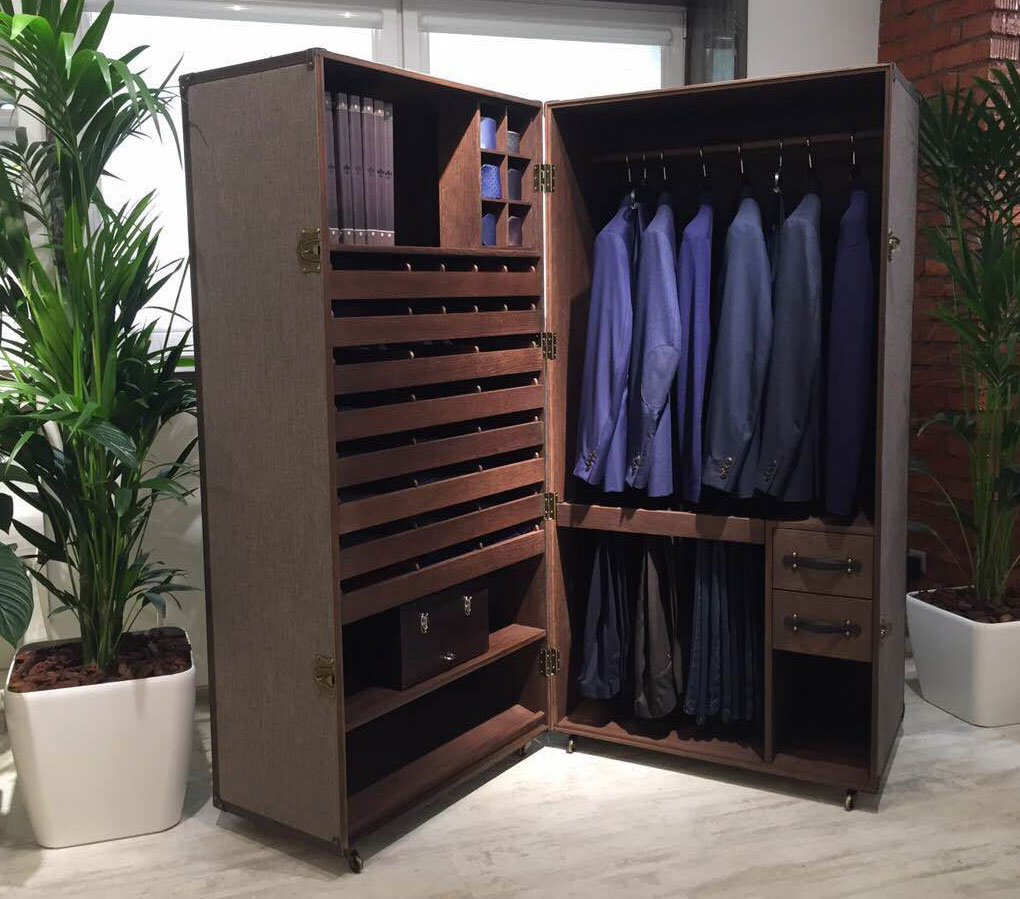 mobile wardrobe