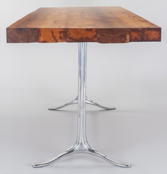Makha Table